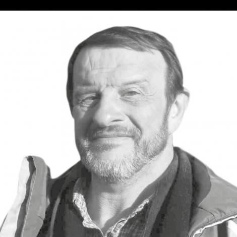 Bernard apiculteur Montceau-les-mines Saône-et-Loire