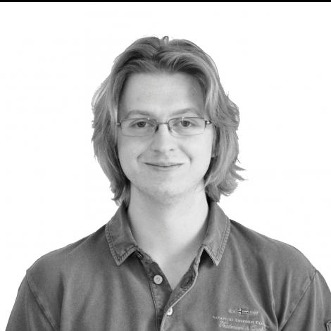 Antoine apiculteur Aigremont Yvelines